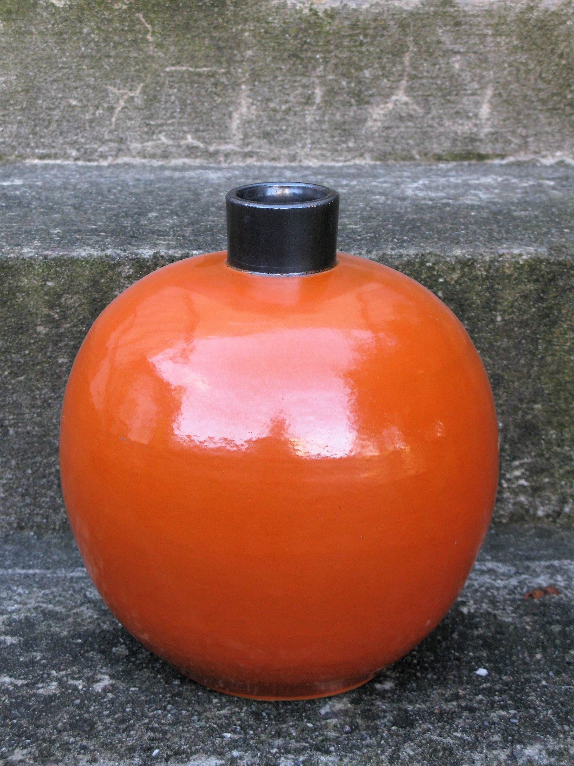 orange steninge vase