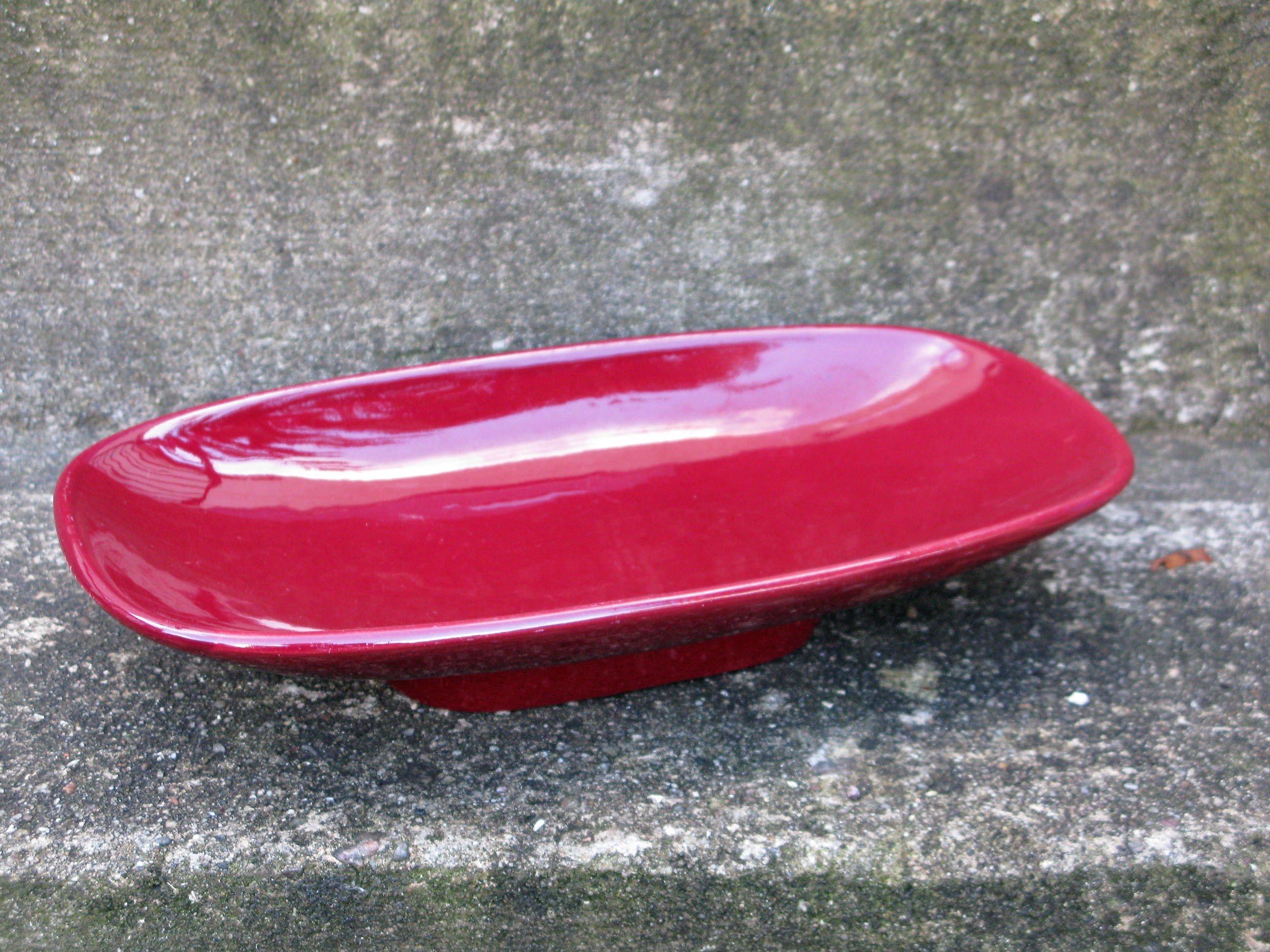 red prisma bowl 7009