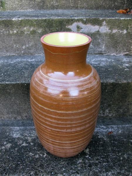 large vase 383