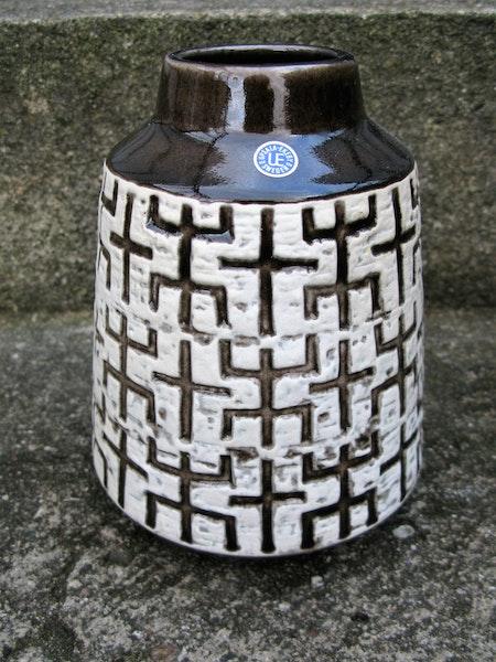 60:s labyrint vase 5019m