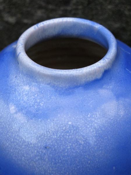 blue expo vase 13