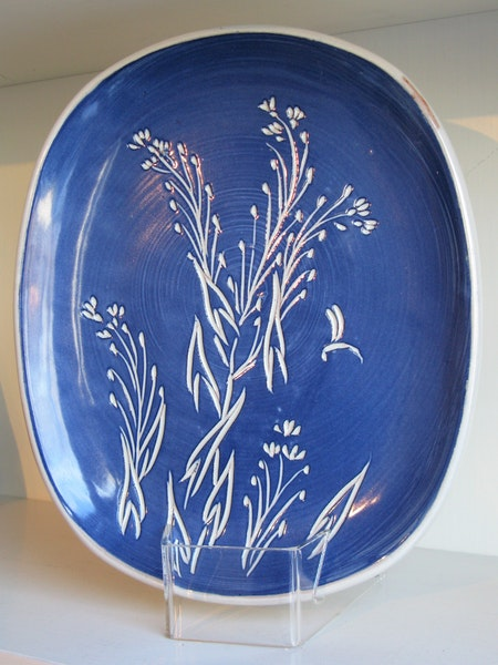 plant relief plate 103