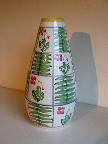 abg vase 682
