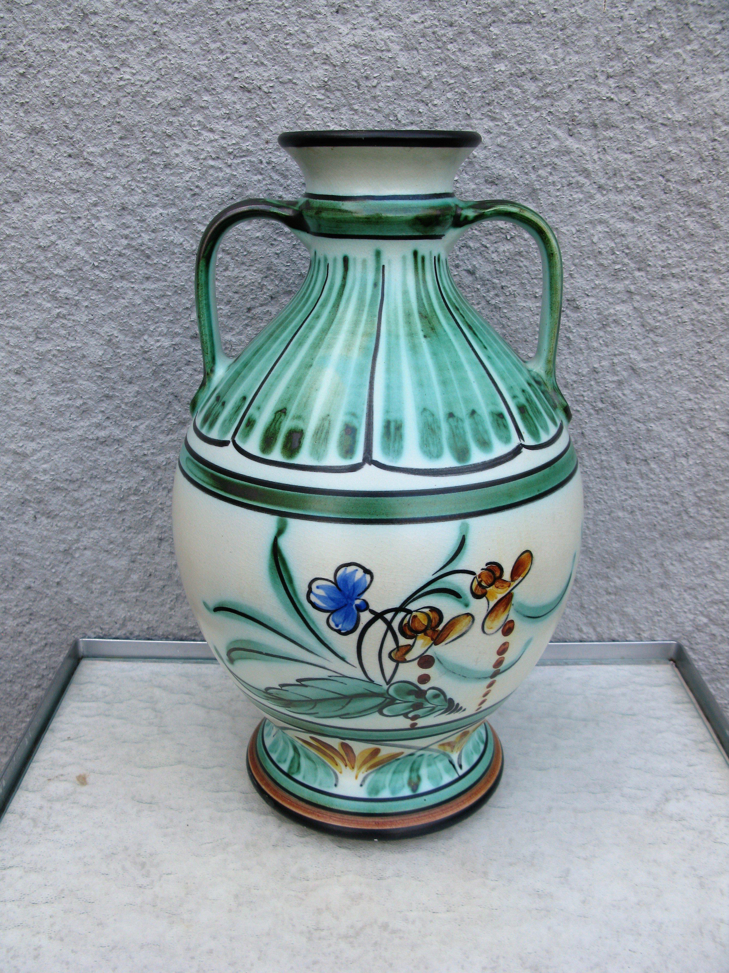 large flower vase 1571