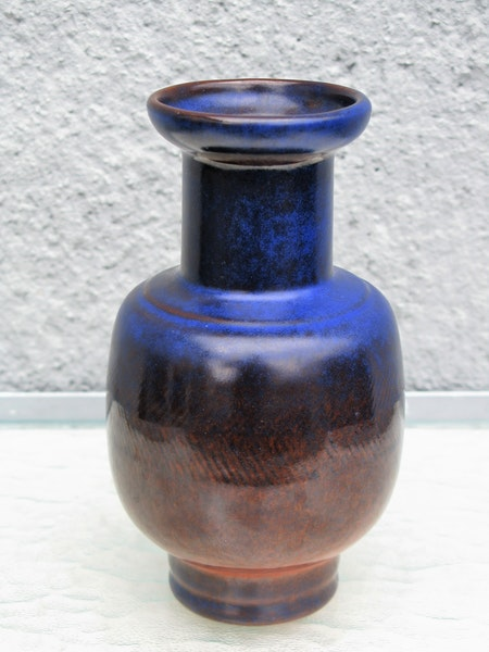 polar vase 8071m