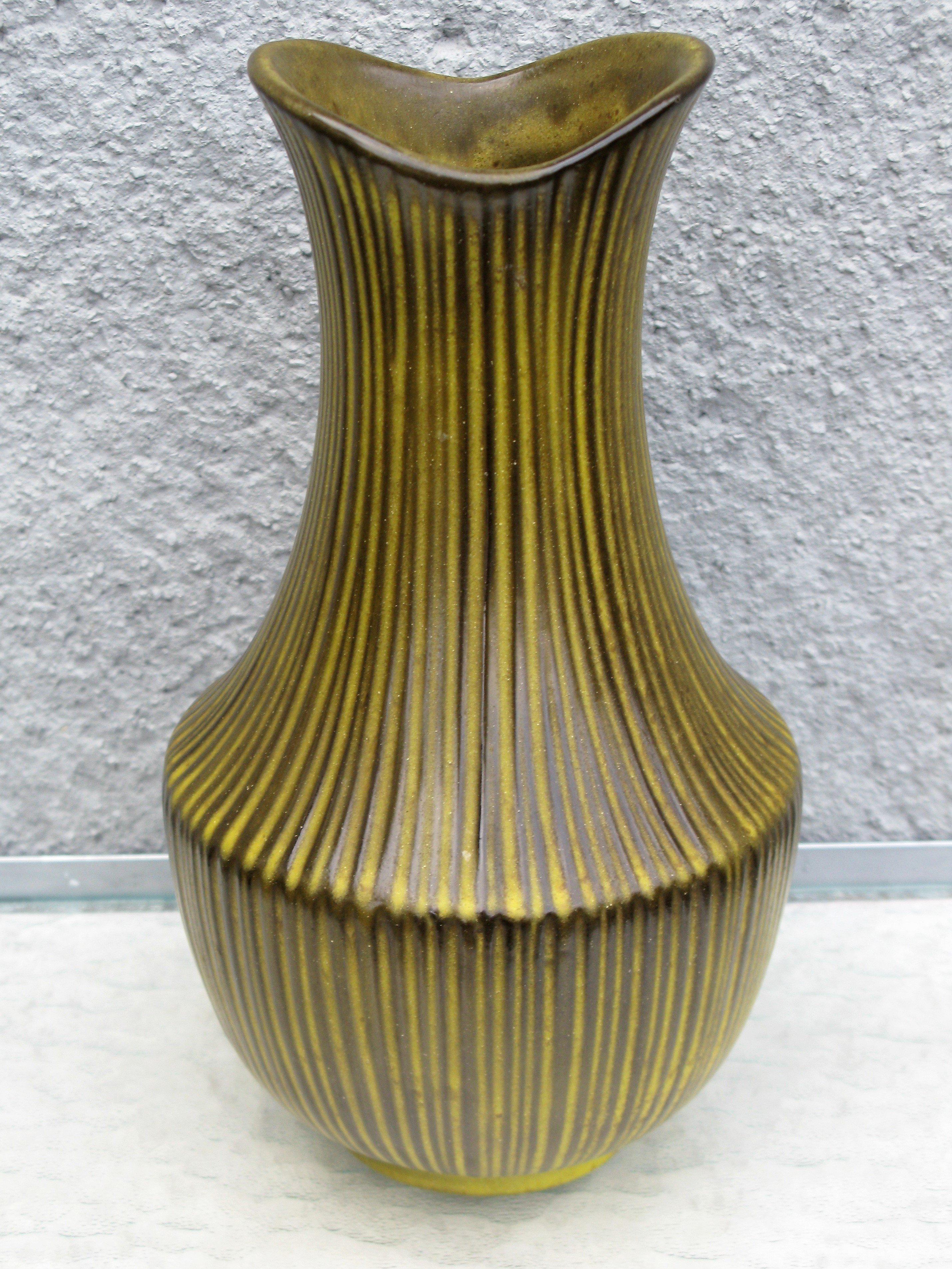 amarillo vase 9013s