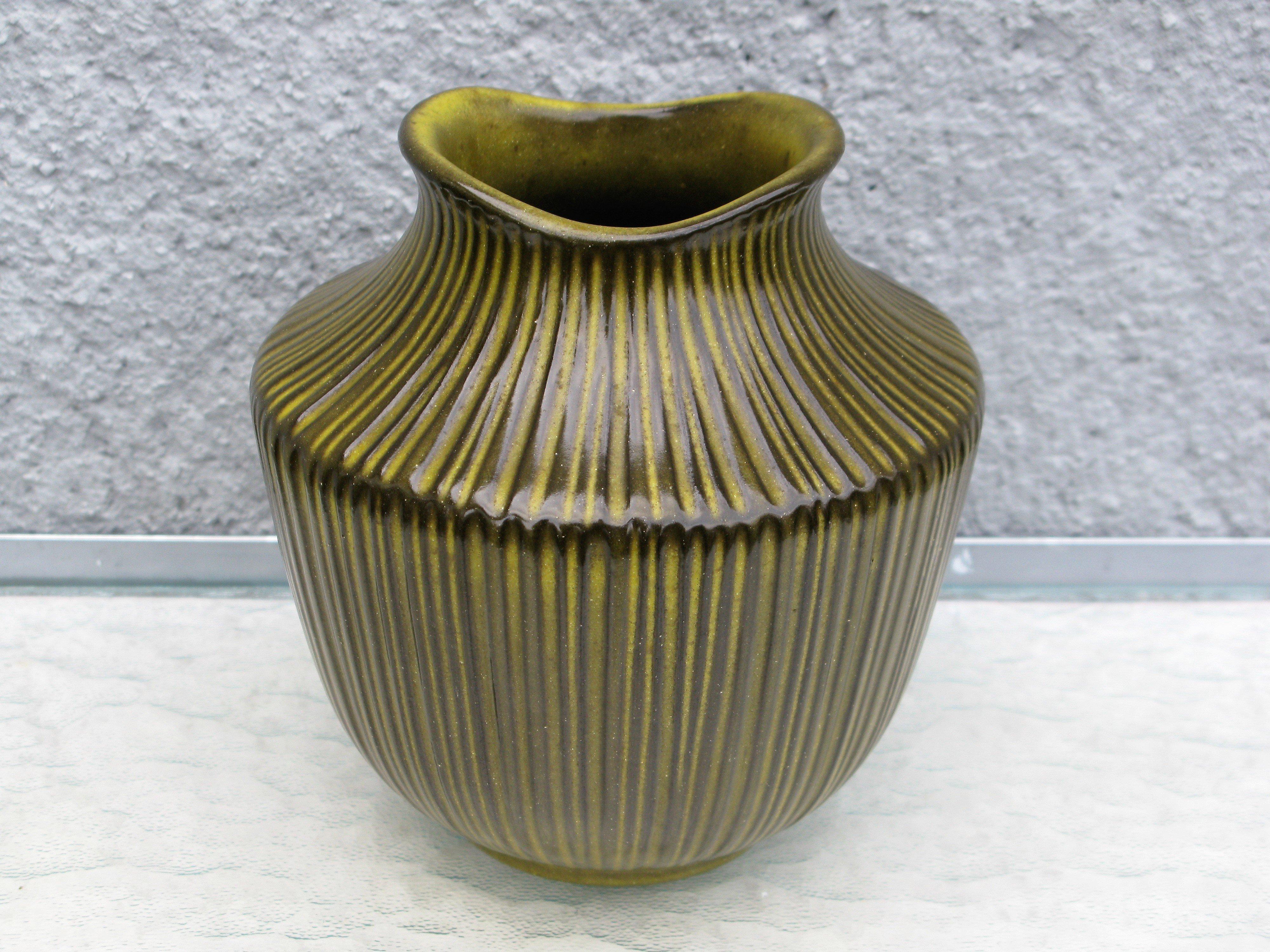 amarillo vase 9012s