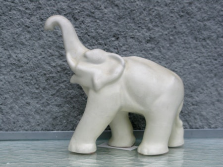 white elephant 8