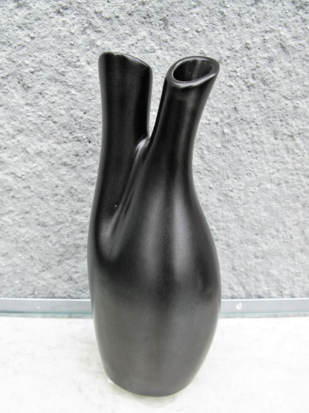 mangania vase m26