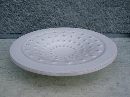 white plate 205
