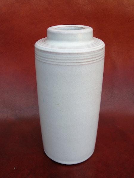rare white vase 254