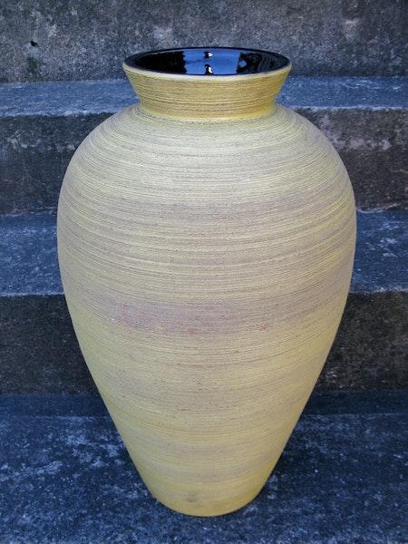 giant greta floor vase 7