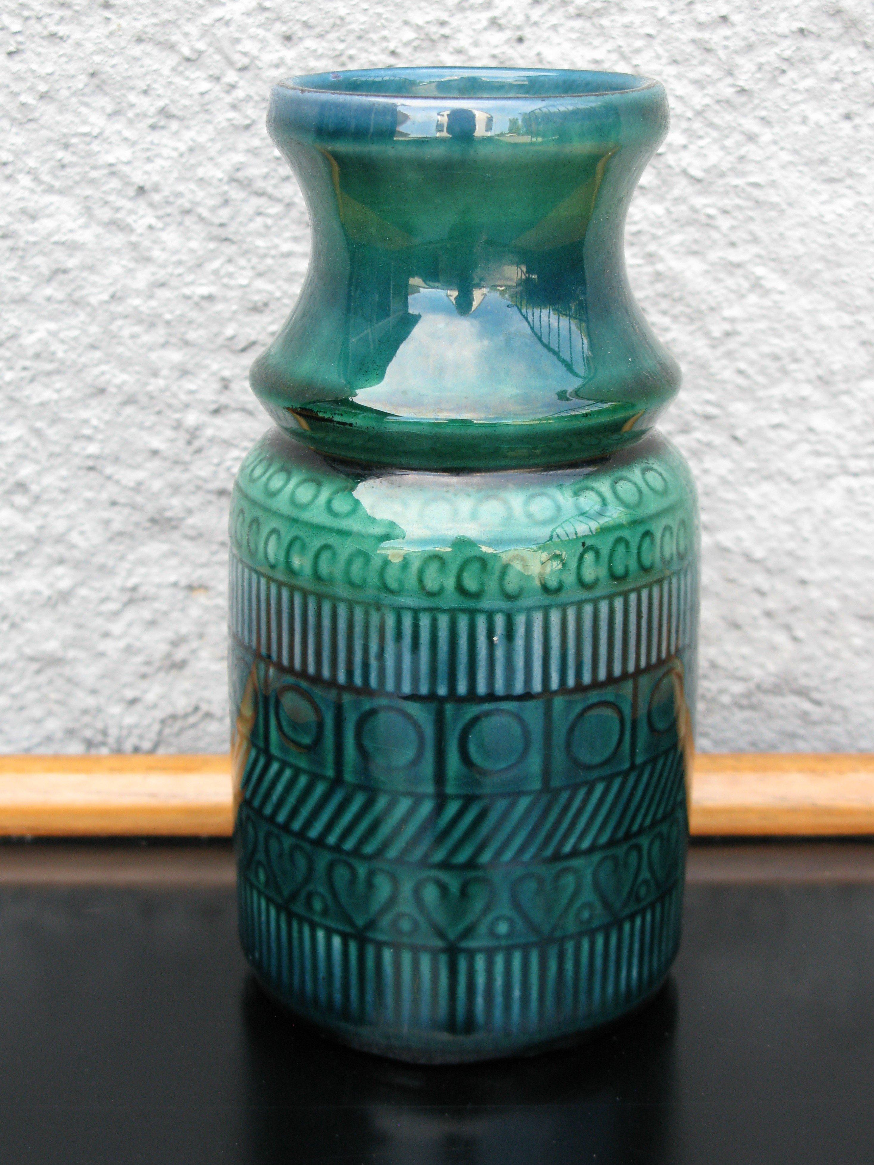 dark vase 1034 110/2