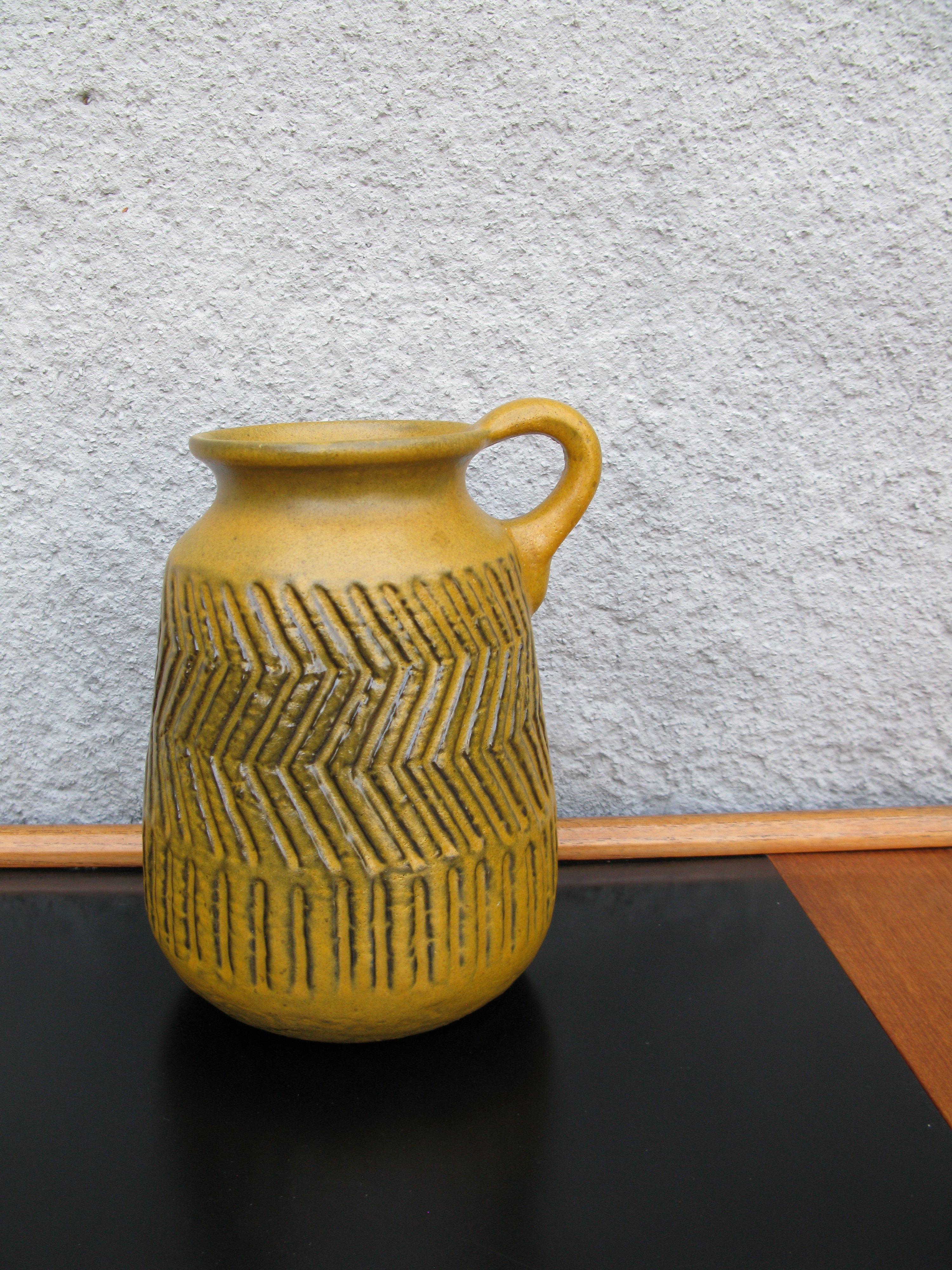 zigzag vase 5006