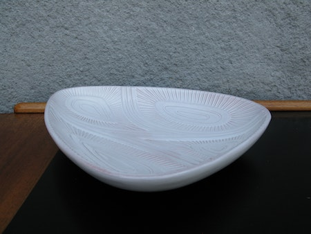 white plate 4300