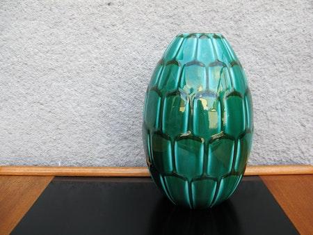 dark green capri vase 648
