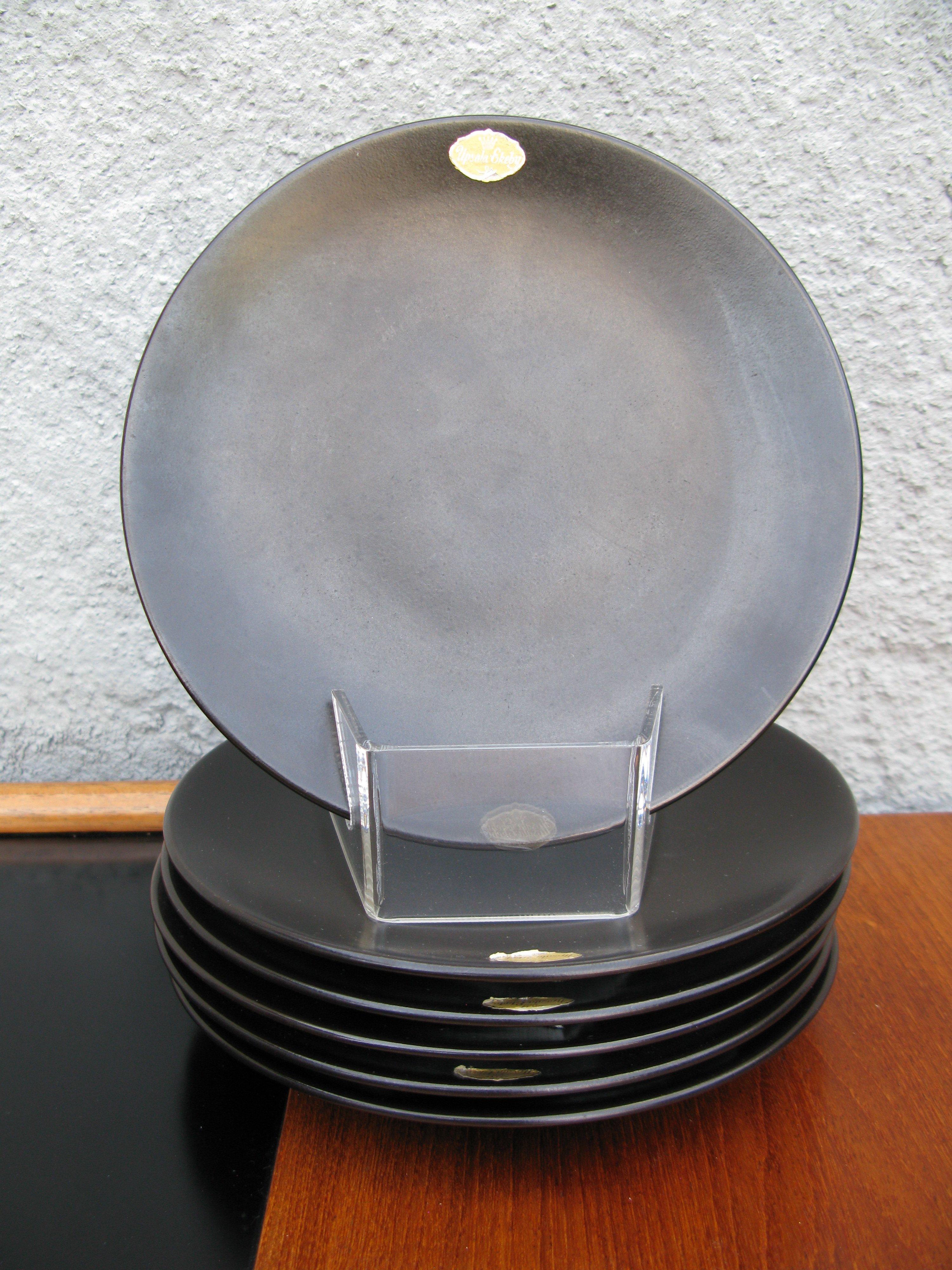 black small plates 1