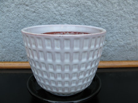 white gunilla flowerpot nr 3 item 3