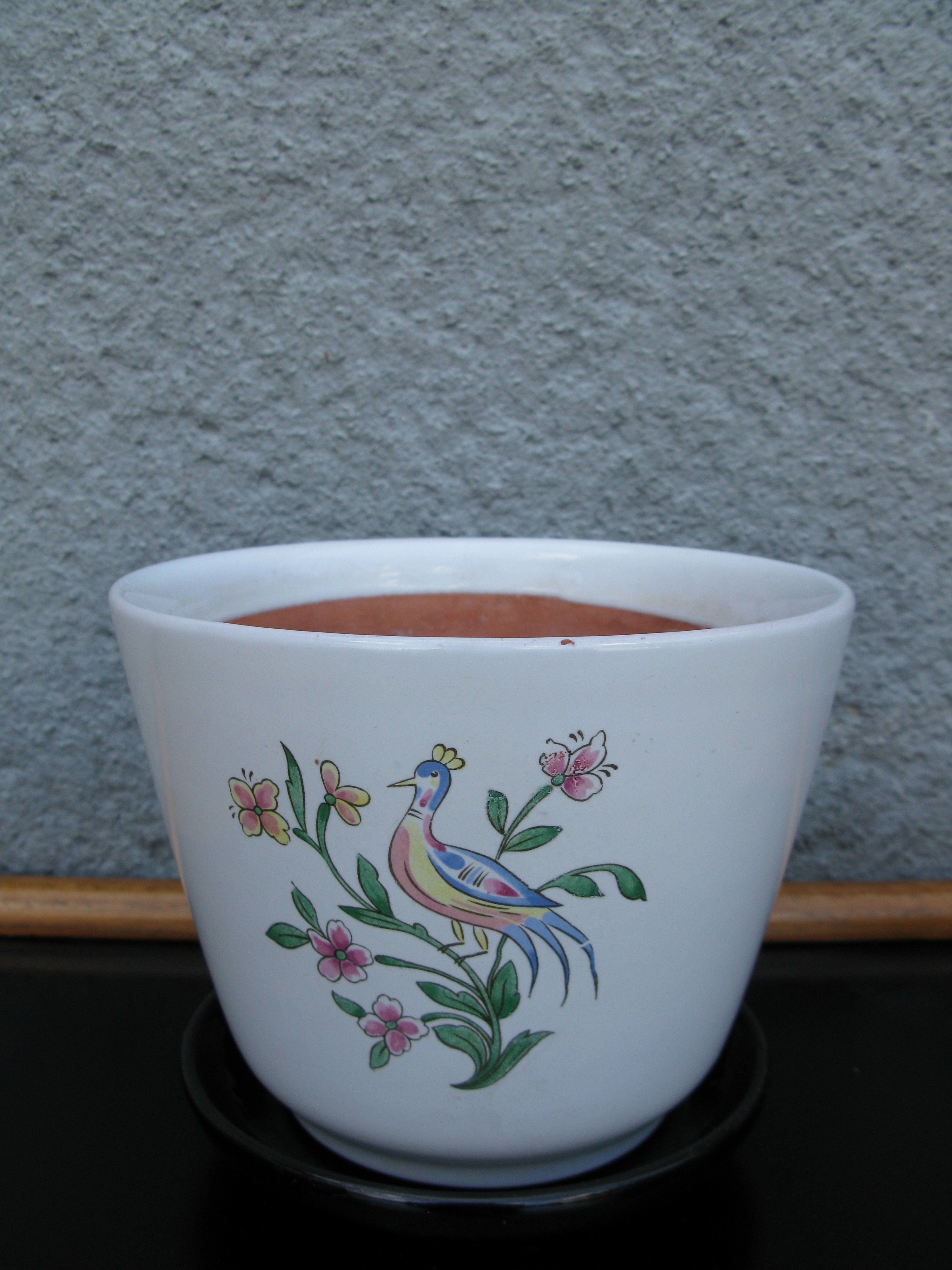 linne` flower pot item 1