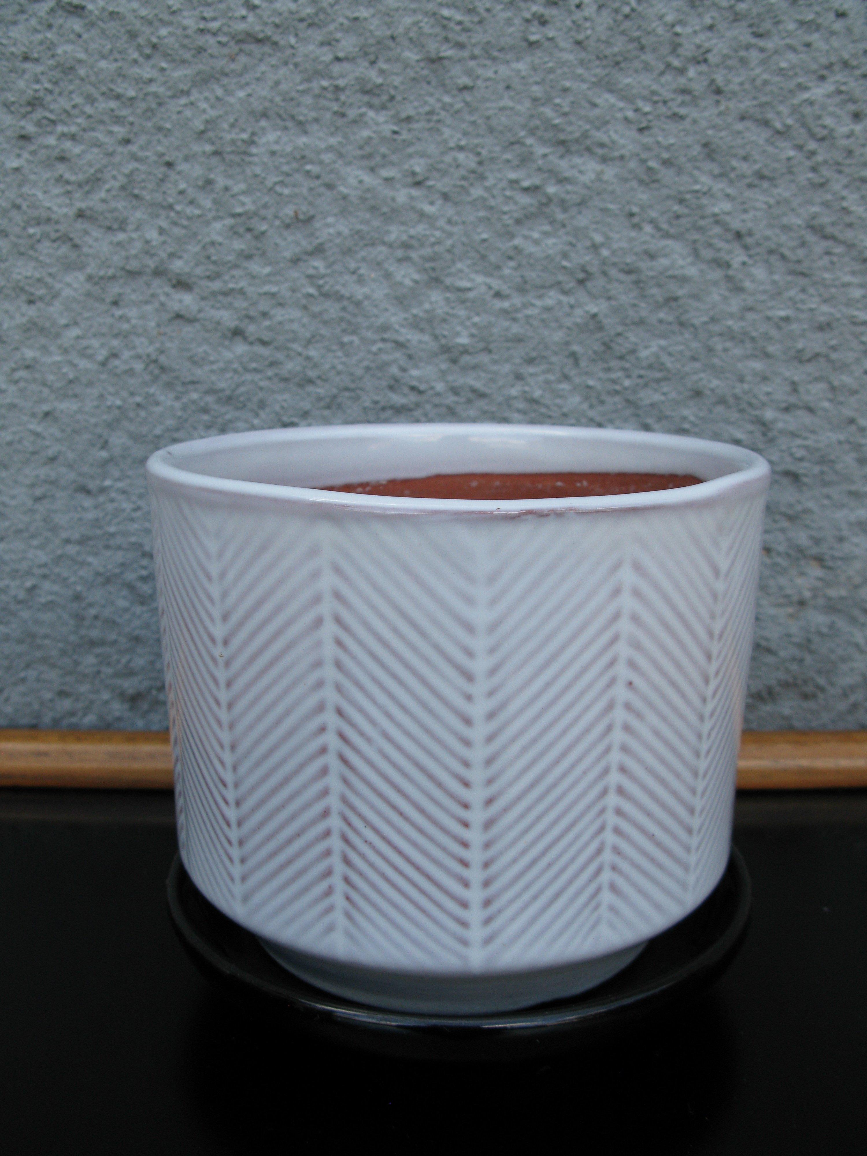 white ga flowerpot nr 3