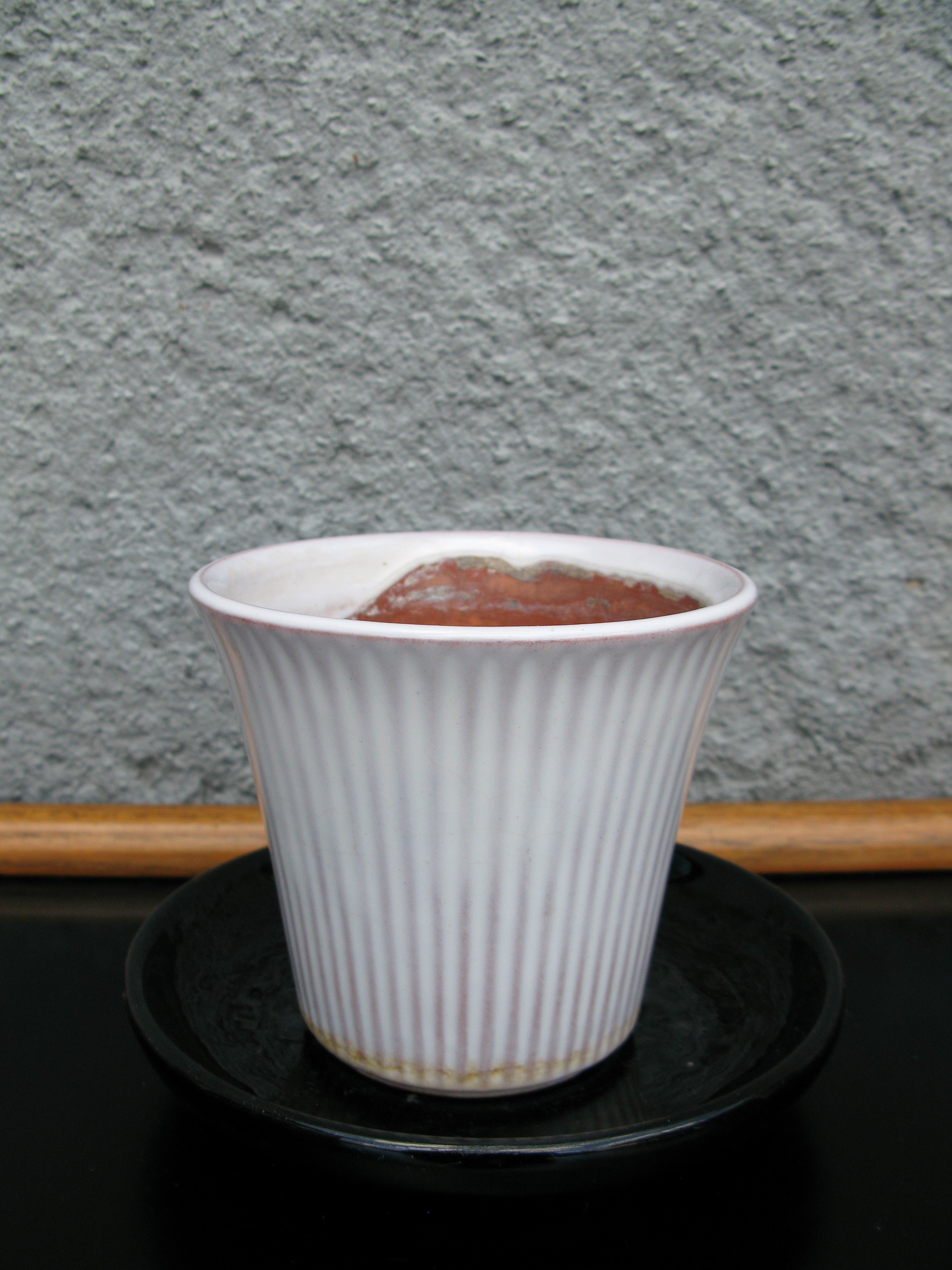 white freja flowerpot nr1