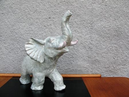 greyish elephant 57