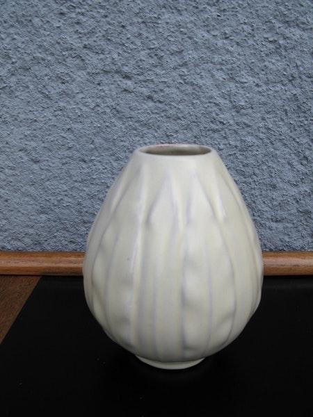 lancett vanilla vase 588