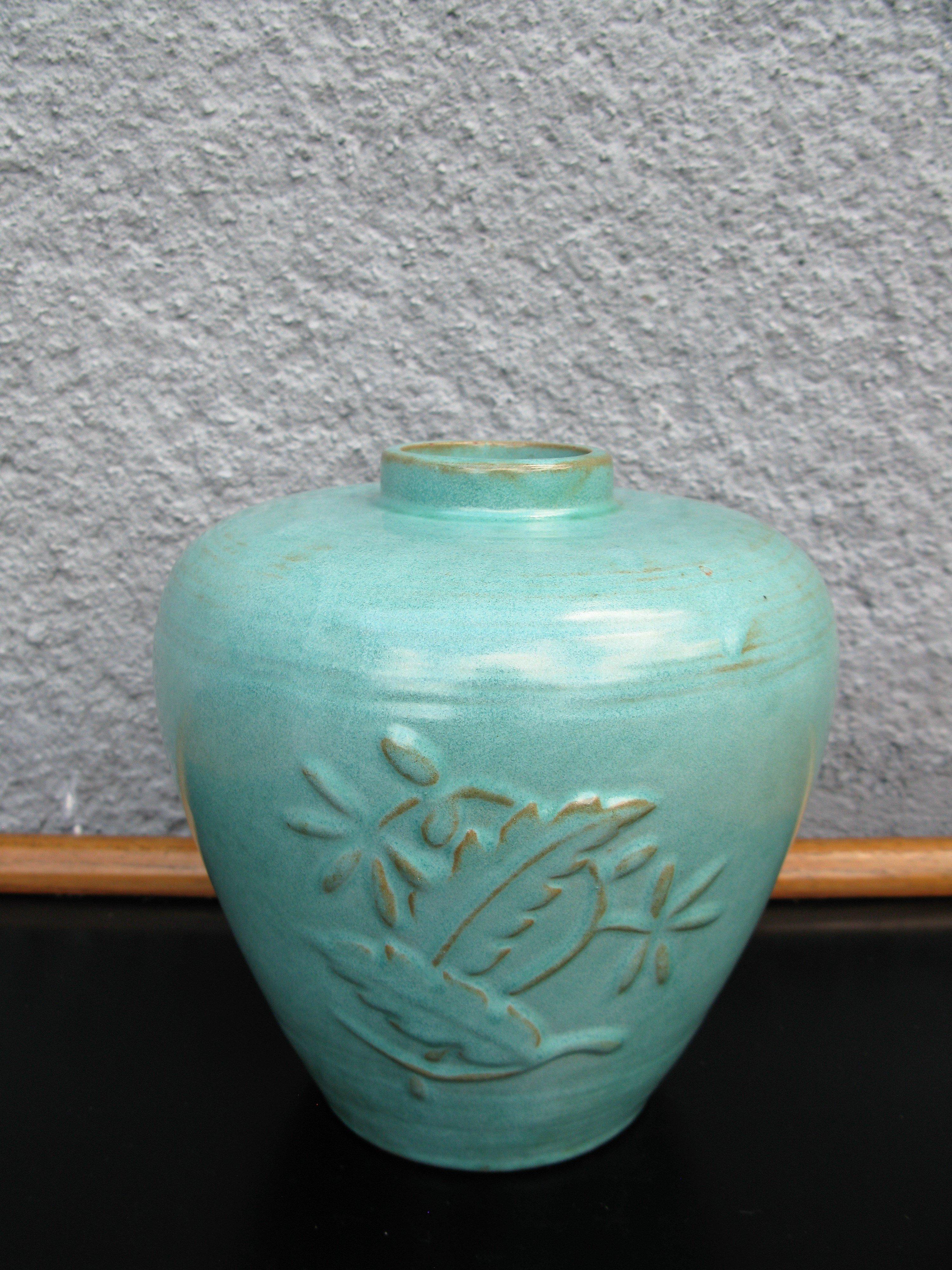 green vase k5