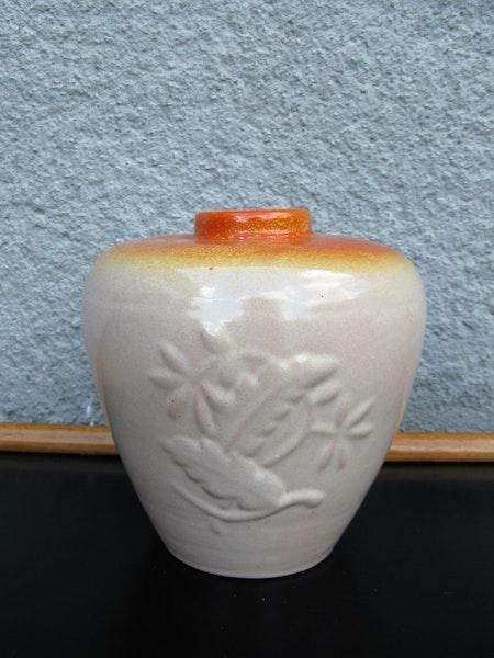 orange top vase k5
