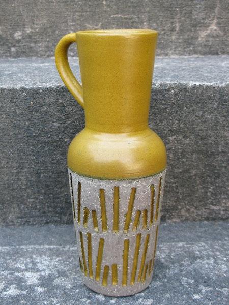 yellow tokyo vase 4074m