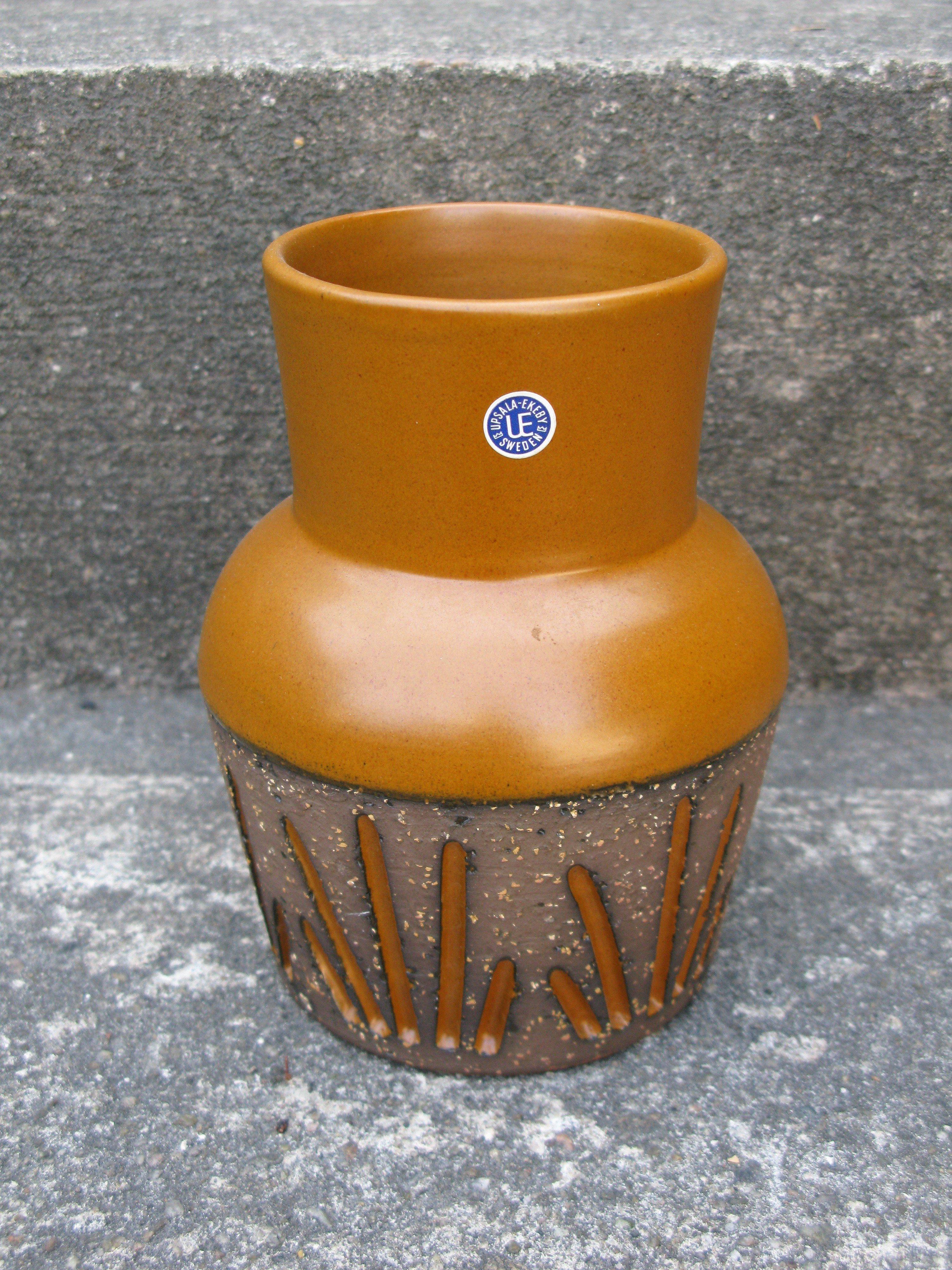 orange tokyo vase 4077m