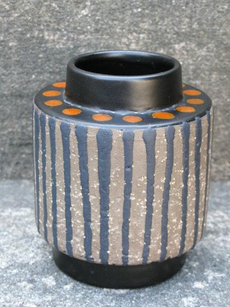 orange ringo vase 5059m