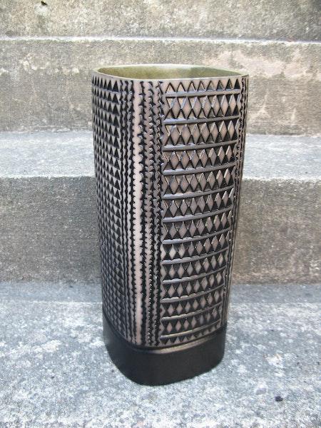 large tapah vase 4096m