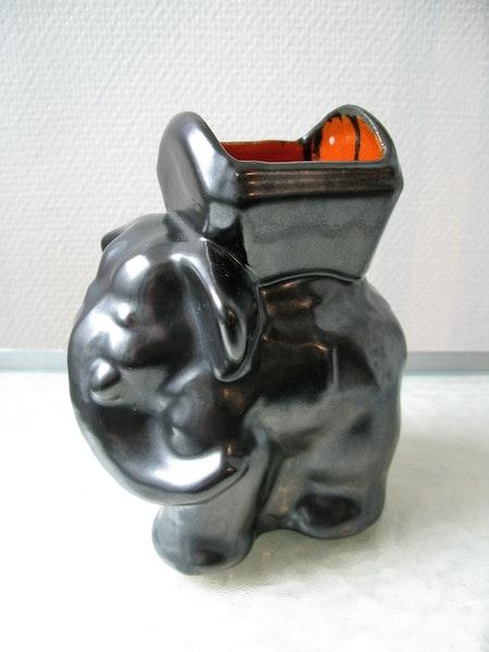 elephant cigarette cup 2139