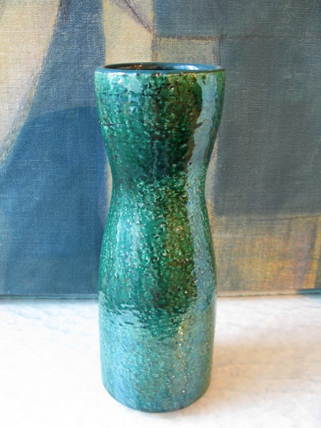 dark green viol vase 7041m