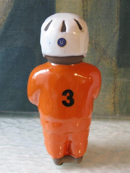 hockeyplayer 3 figure 9057t