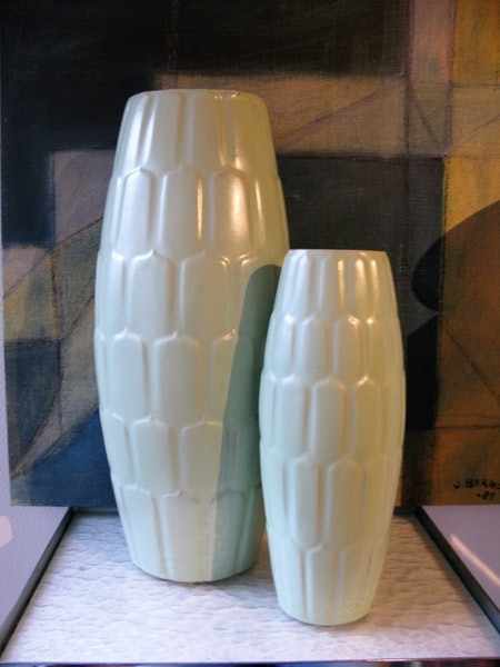 light green vase 649