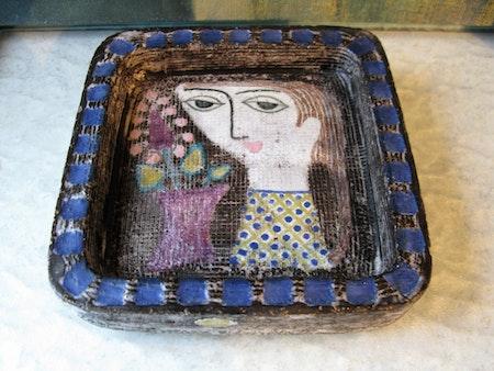 girl plate 4156