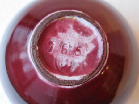 rött band vase 765