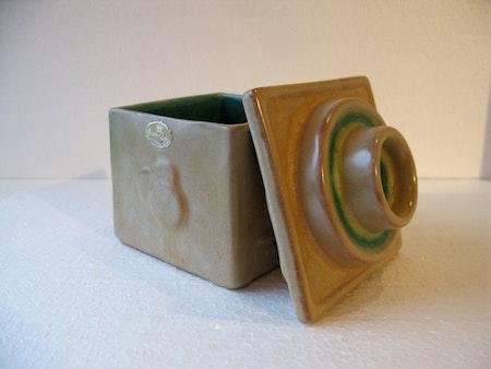 tobacco jar 5