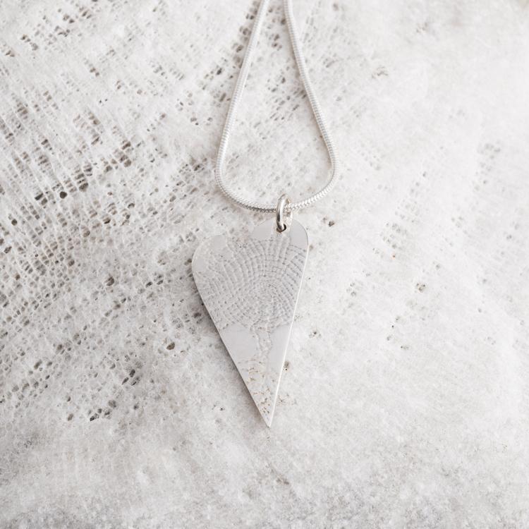 MADE BY LEENA - Hjärta, halssmycke i silver
