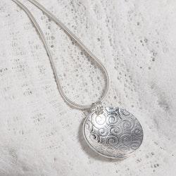 MADE BY LEENA - Virvlar, halssmycke i silver