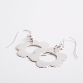MADE BY LEENA - Blommor, örhängen i silver - SLUTSÅLD