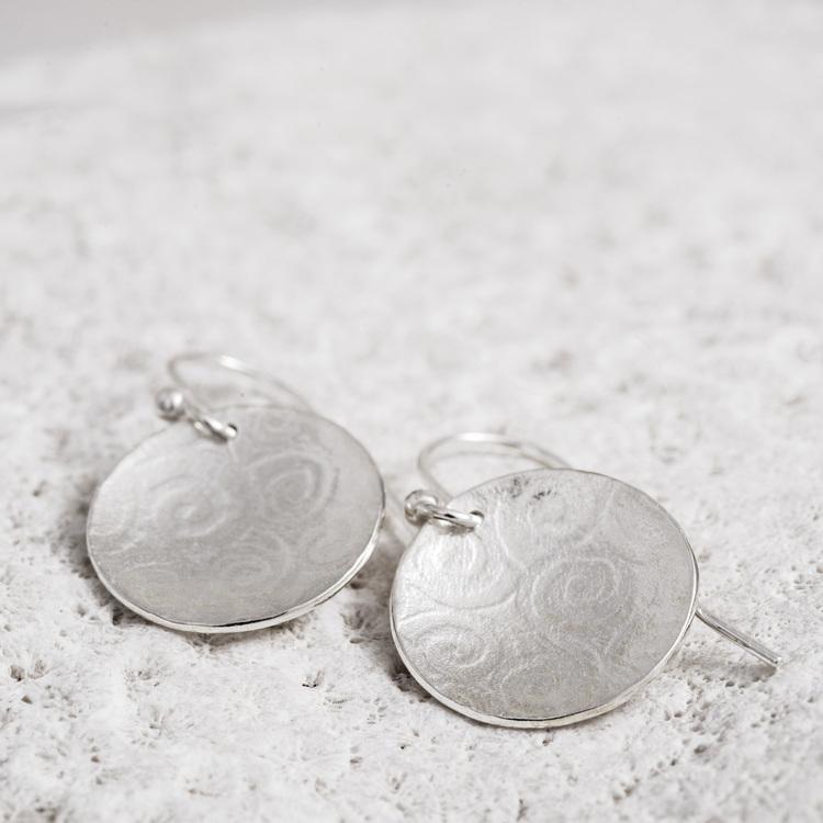 MADE BY LEENA - Cirklar, örhängen i silver