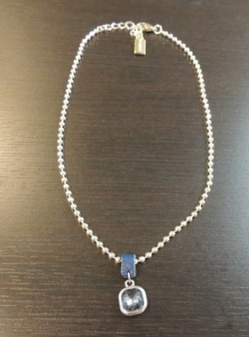Våga Halsband Blå