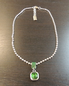 Våga Halsband Grön
