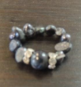 Våga Ring svart/grå stor pärla