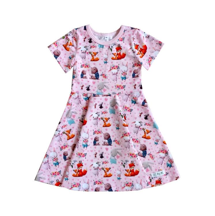 Klänning rynkad kjol Valfritt tyg Made By BE