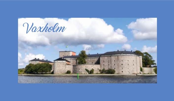 Vaxholm -Postcard Dark Milk 60 %