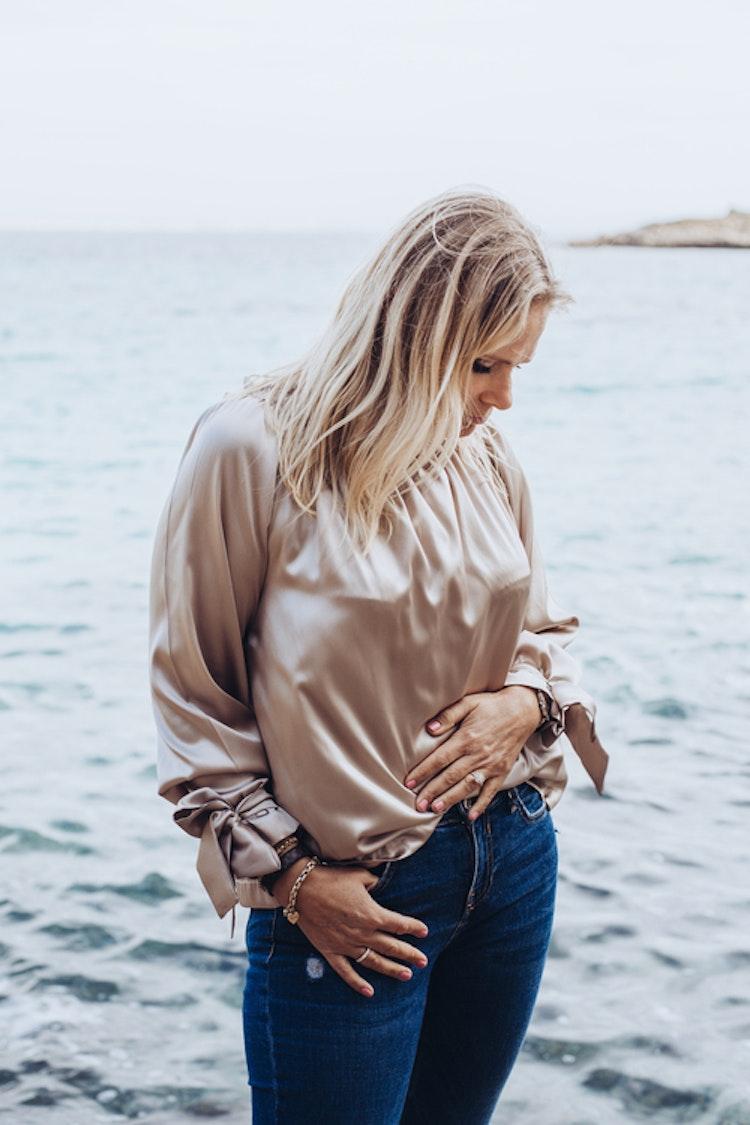 Silk blouse beige